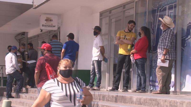 Solicita el alcalde de Culiacán que instituciones bancarias reabran todas las sucursales para evitar concentraciones