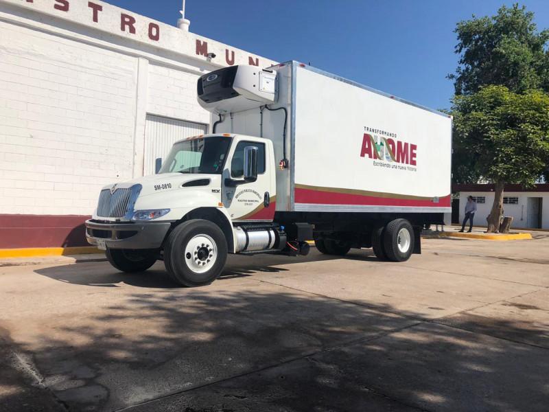 Entregan camión para traslado de reses en rastro municipal