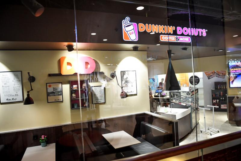 Dunkin Donuts y Taco Bell contratan a miles de personas de cara a las reaperturas