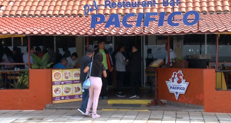 """Restaurante """"Del Pacífico"""" primero en obtener distintivo de sanidad en Mazatlán"""