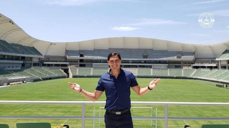Palencia visita el estadio de fútbol de Mazatlán