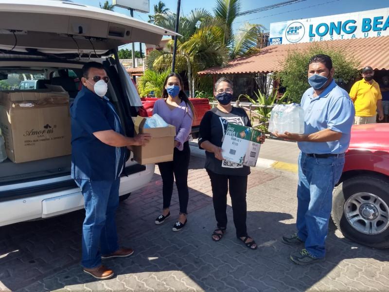 Ayuntamiento de Navolato apoya con material preventivo para reapertura de restaurantes