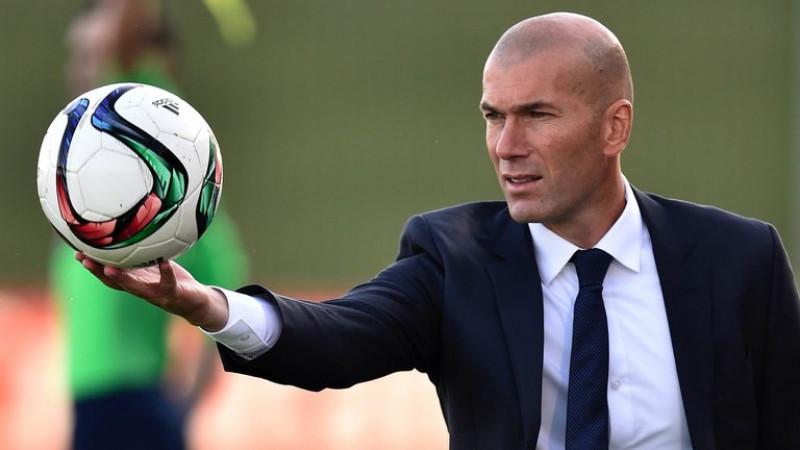 Zidane sale en defensa de los árbitros