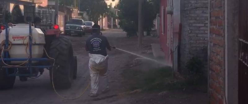 Avanza sanitización de colonias en Villa Unión