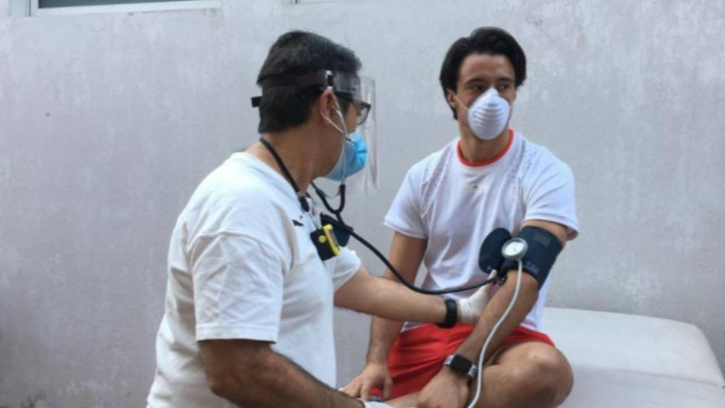 Sin casos positivos de COVID-19 en Chivas tras cuarta prueba