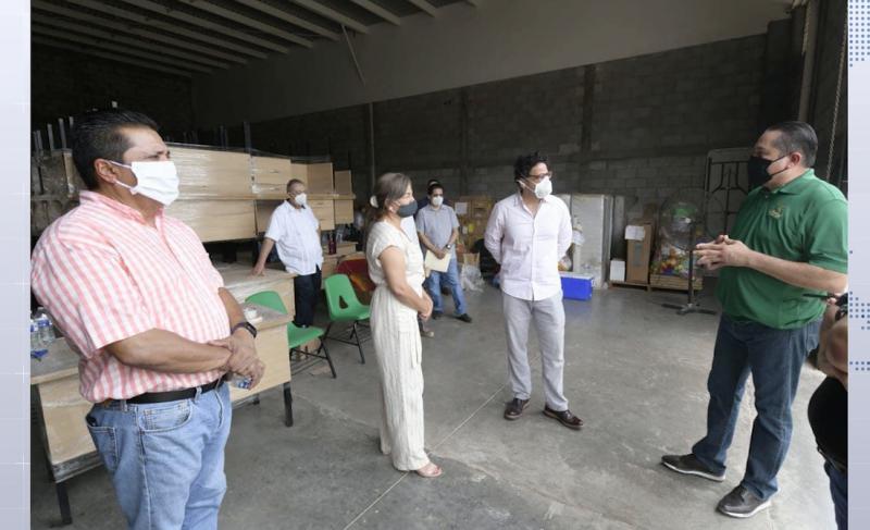 SEPYC entrega mobiliario a escuelas migrantes