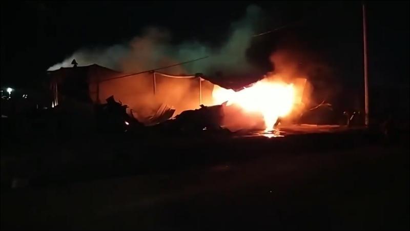 Arde en llamas bodega del nuevo estadio de Mazatlán FC