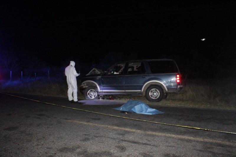 Accidente deja dos personas muertas y un herido