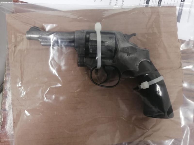 SSPM asegura a hombre en posesión de un arma de fuego