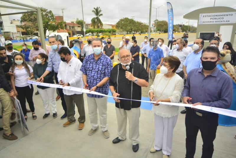 Inauguran estacionamiento frente a Acuario Mazatlán