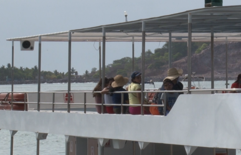 Se reactivan catamaranes gracias al turismo