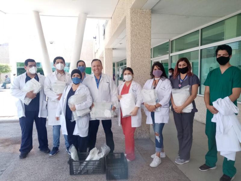 Entregan equipo de protección a laboratoristas del IMSS