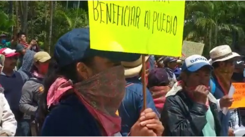 """Marchan en Chiapas contra """"invención del coronavirus"""": afirman que lo creó Bill Gates"""
