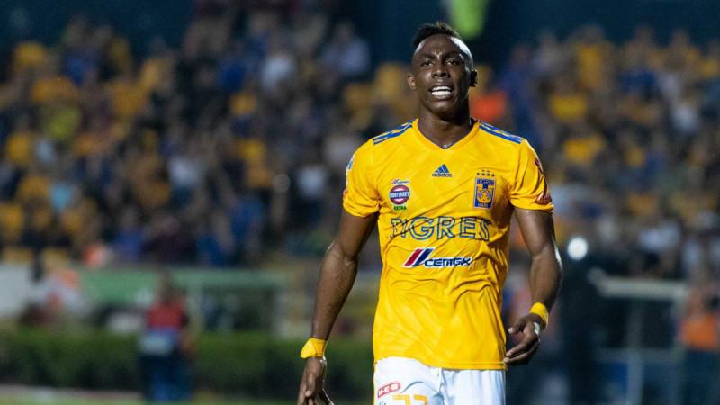 Julián Quiñones se perderá el arranque de la temporada