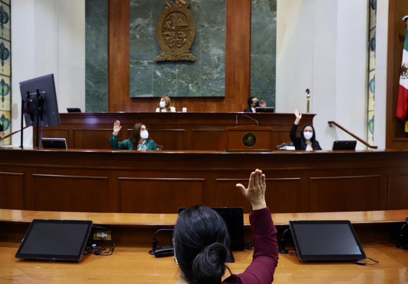 Rechaza congreso dictamen de ratificación de Eva Guerrero para dirigir ISMUJERES