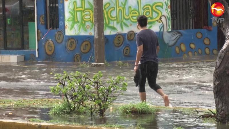 Lluvia trastoca actividades en la ciudad