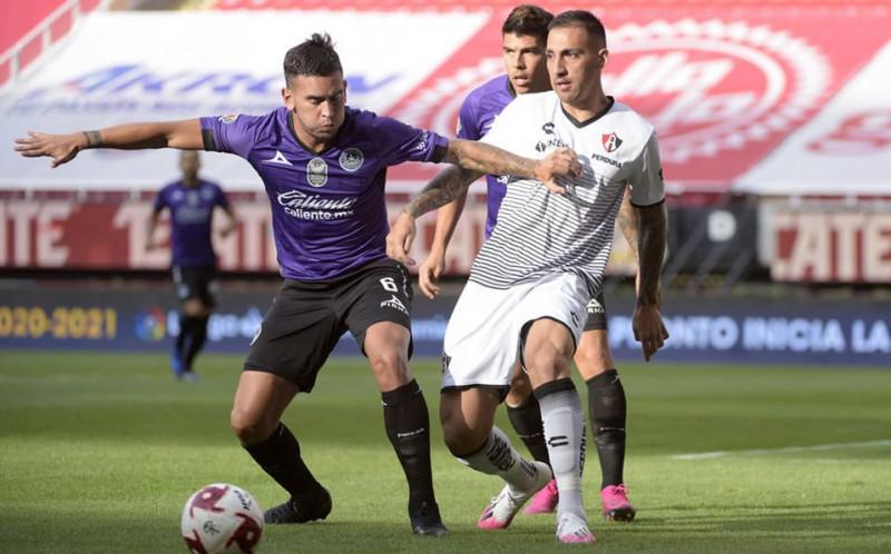 Rayados anuncia a Sebastián Vegas como refuerzo