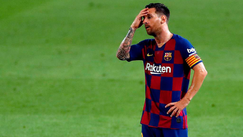 Messi ve fracaso incluso en Champions si no cambian ante el Napoli