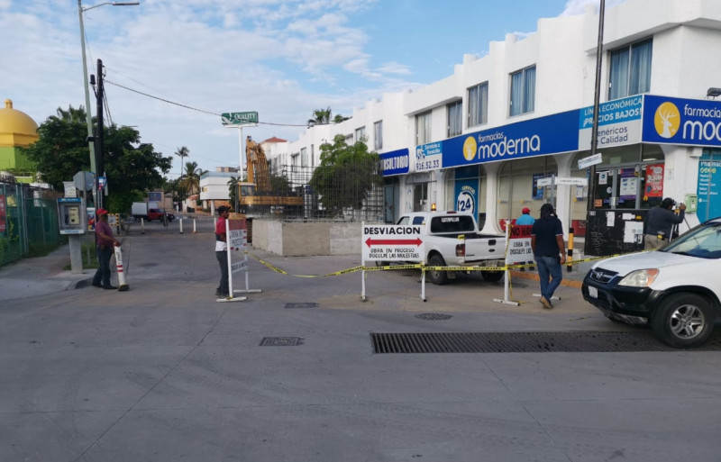 Cierran calle Bugambilias, en la Zona Dorada ¡Tome sus precauciones!