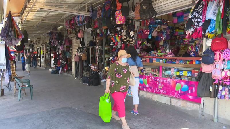 Amplían horarios de comercios en Ahome