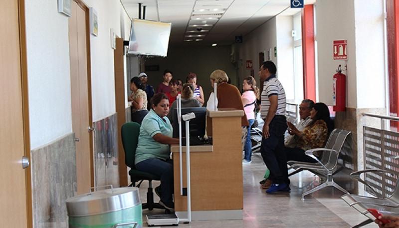 Podrían perder su derechohabiencia por provocar este alboroto en sala de urgencias del IMSS