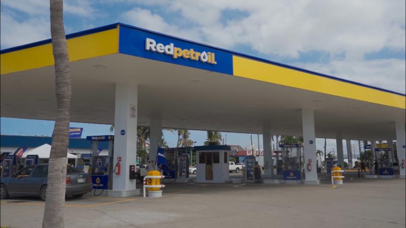 Inauguran Gasolinera RedPetroil Rafael Buelna