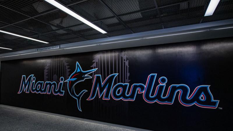 MLB pospone juegos de Marlins hasta el 2 de agosto