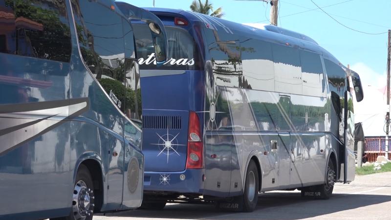 "Camiones ""charters"" prevalecen después de fin de semana"