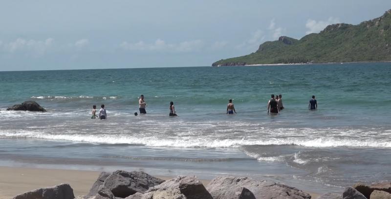 Afluencia de bañistas mantiene movilización de E.S.A