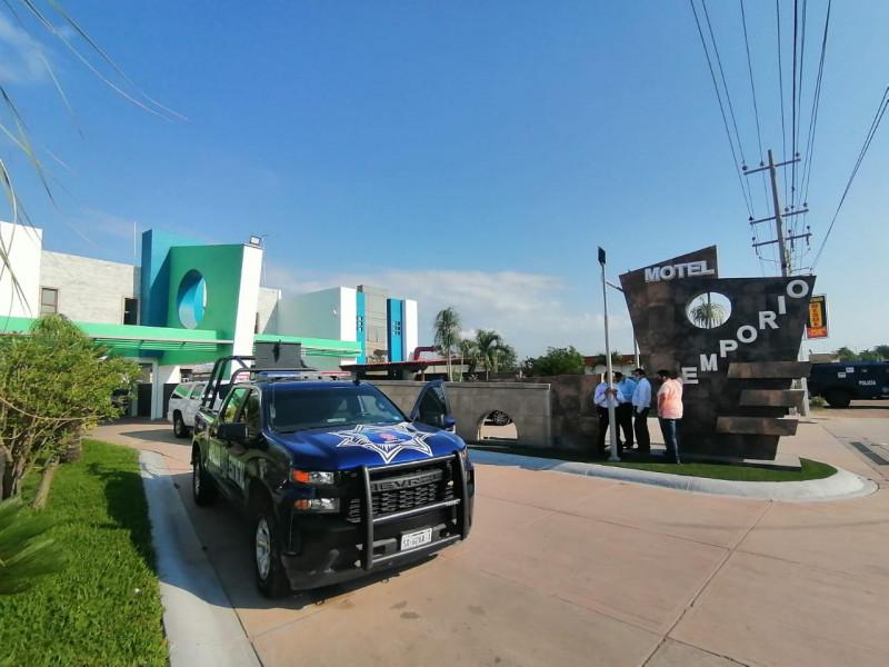 Hieren a balazos a Policía en Motel de Culiacán