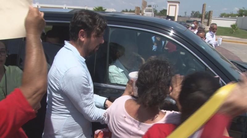 """López Obrador, esta vez guardó su """"sana distancia"""" con el pueblo de Culiacán"""