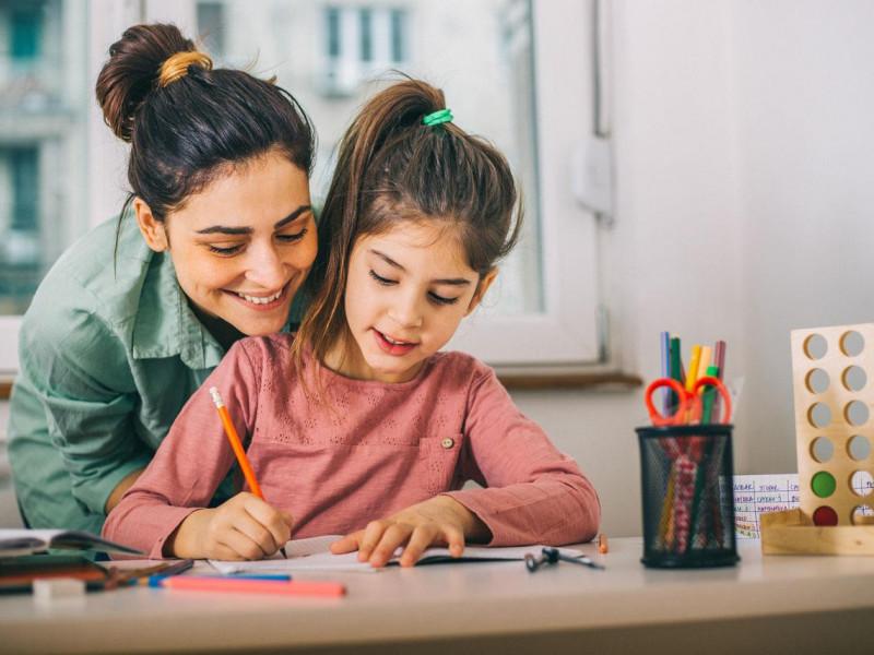 ¿Cómo lograr que tus hijos pongan atención en clases a distancia?