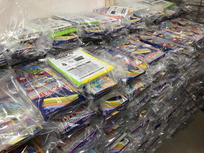 ¡Listos papeleros para iniciar entrega de útiles escolares!