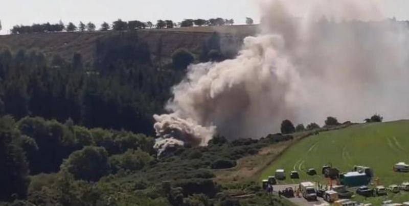Tren se descarrila en Escocia; deja un muerto y varios heridos