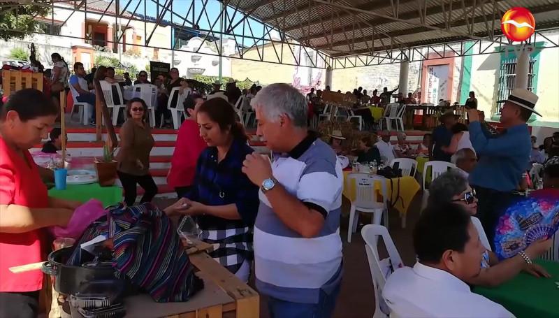 Tianguis Gastronómico y Artesanal de La Noria cumple dos años