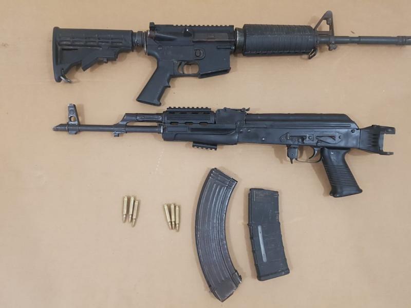 Aseguran armas de uso exclusivo del Ejército en Tepuche