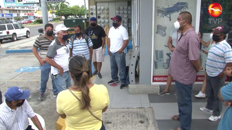 Protestan ahora vendedores de playa en Mazatlán