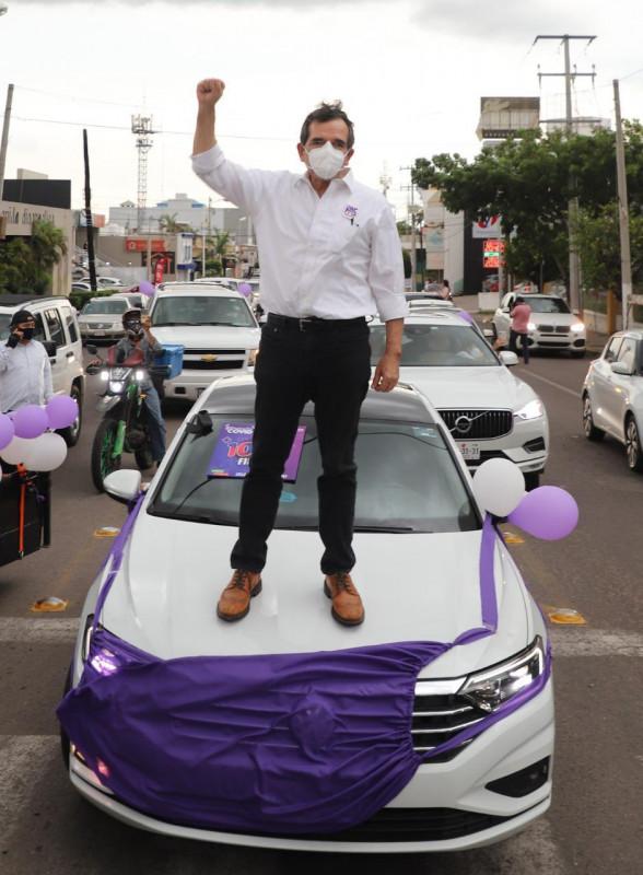 Encabeza Cuén caravana en apoyo a iniciativa para uso obligatorio de cubrebocas