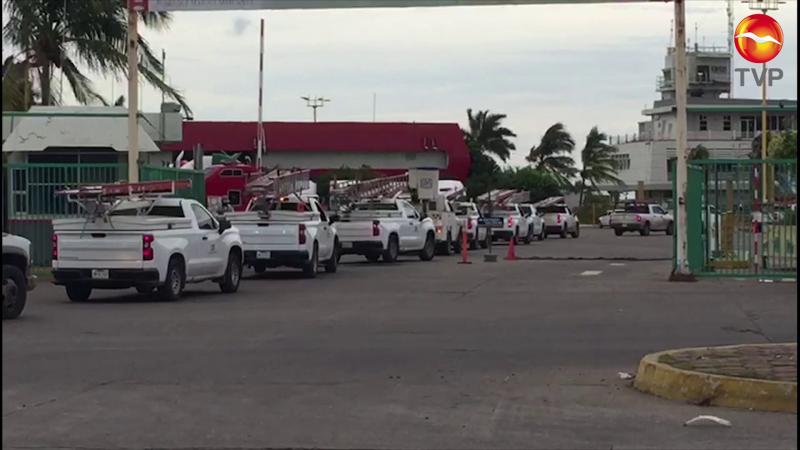 Llegan a Mazatlán cuadrillas de la CFE con rumbo a Baja California
