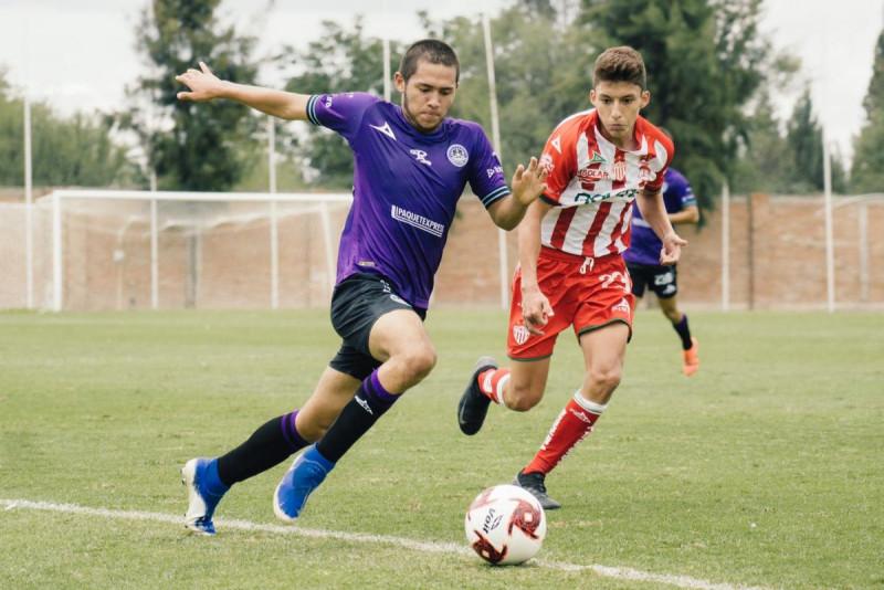 18 jugadores positivos de COVID-19 de las Sub-17 y Sub-20 del Mazatlán FC