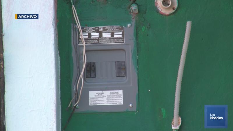 CFE debe dejar pagar energía en pagos durante la pandemia.