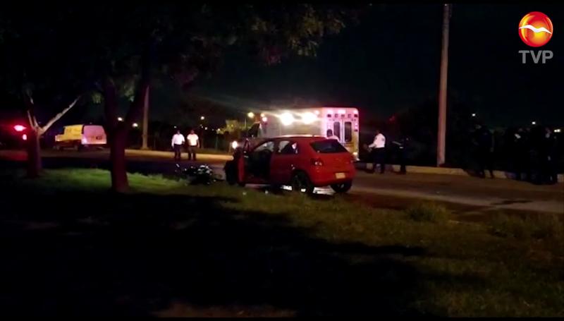 Motociclista muere tras impactarse con automóvil