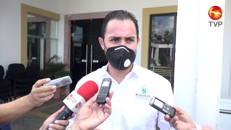 Sancionan a 10 restaurantes en fin de semana en Mazatlán