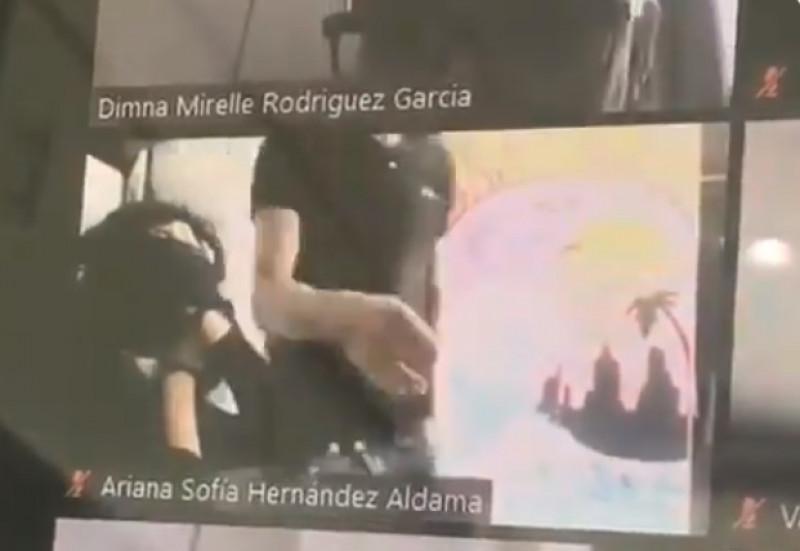 Video: Asaltan a joven de Durango en plena clase por videollamada