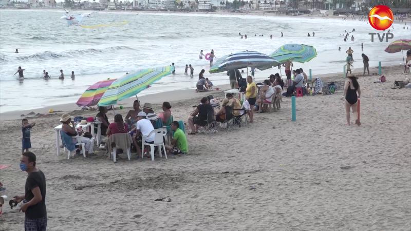 Retornan a las playas en Mazatlán