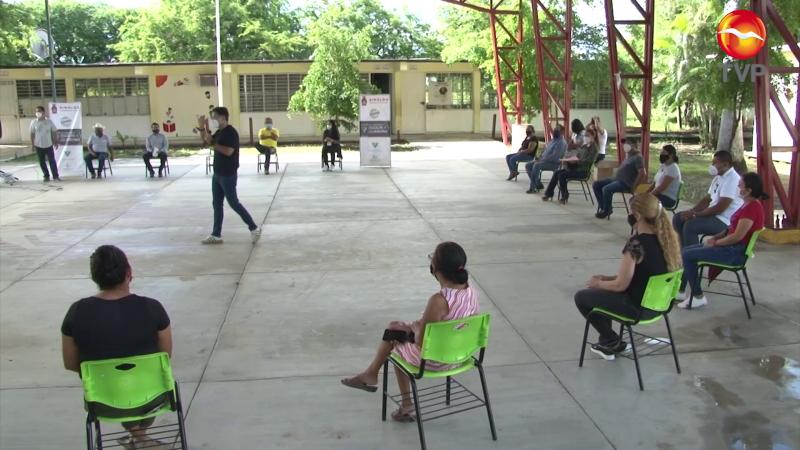 Se acercan a comunidad escolar en zona rural de Mazatlán