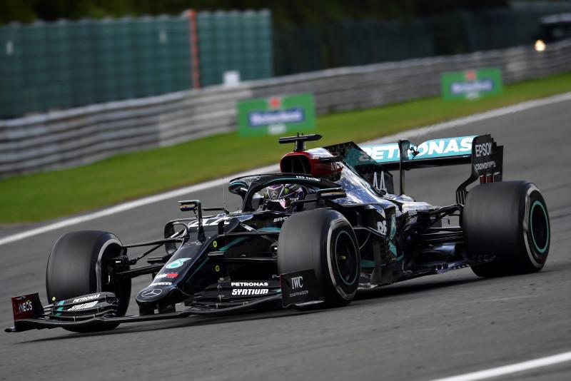 Lewis Hamilton reforzó su liderato en Bélgica