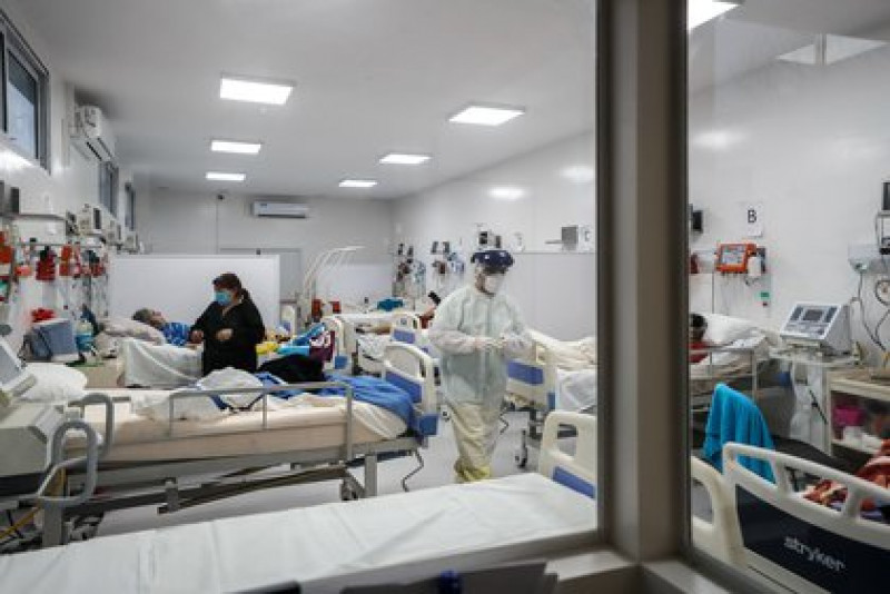 México tiene 65% de disponibilidad hospitalaria general para Covid-19 y 70% en camas con respirador artificial