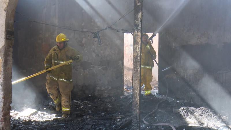 Antiguo inmueble abandonado nuevamente se incendia