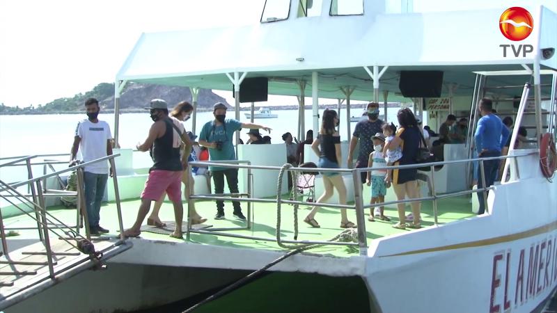 Siguen llegando turistas a Mazatlán